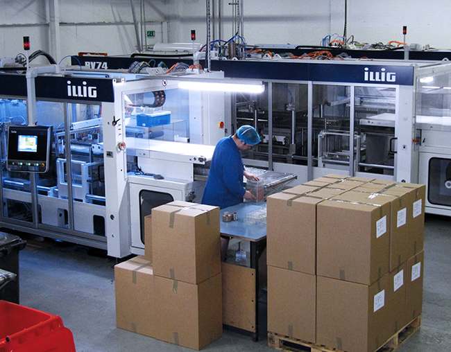 Thermoformed packaging production at macpac, UK